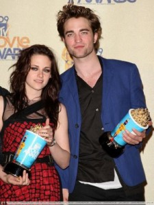 new-moon-mtv-movie-adwards-20091